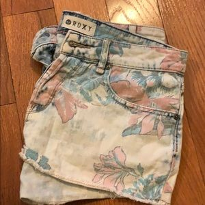 Pacsun flower booty shorts